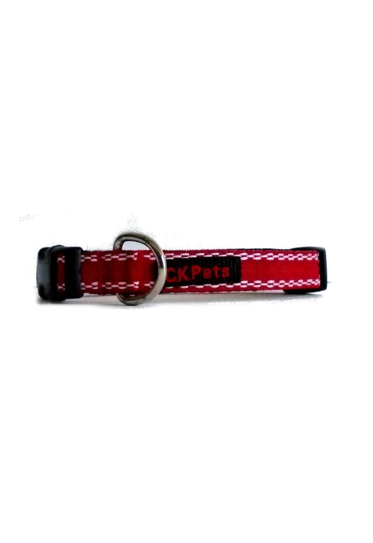 red white collar