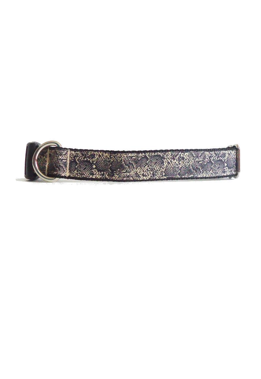 snakeskin collar
