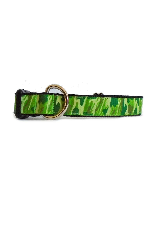 green camo collar