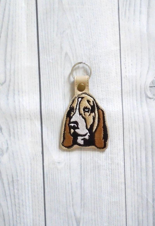 hound keychain